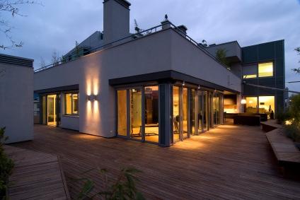 - Eclairage facade maison ...