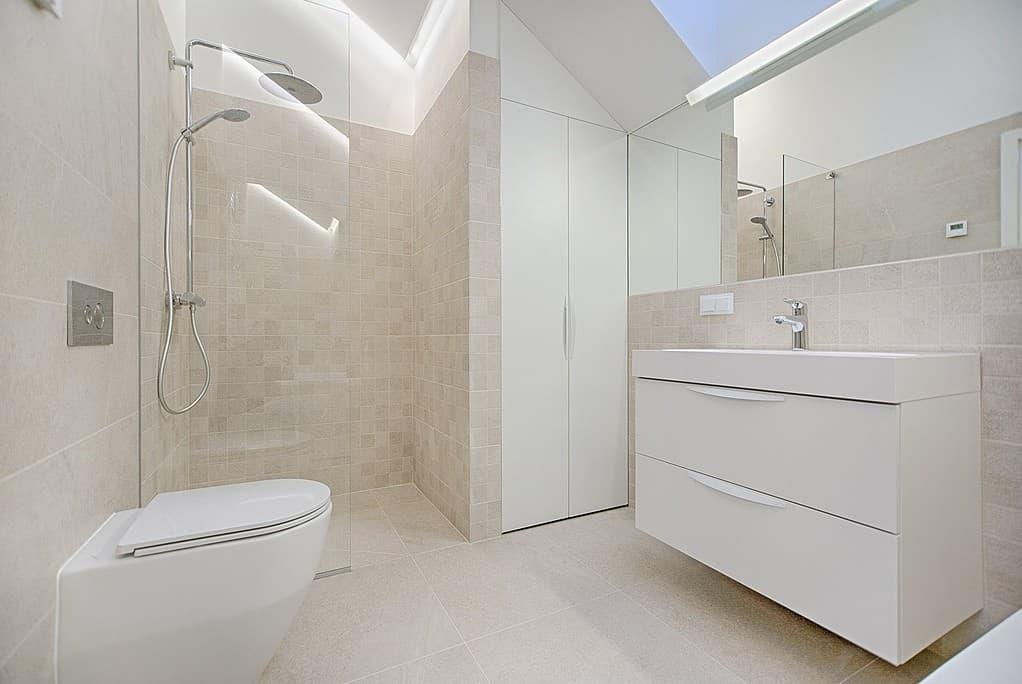 Große Duschbereiche erobern die Badezimmer