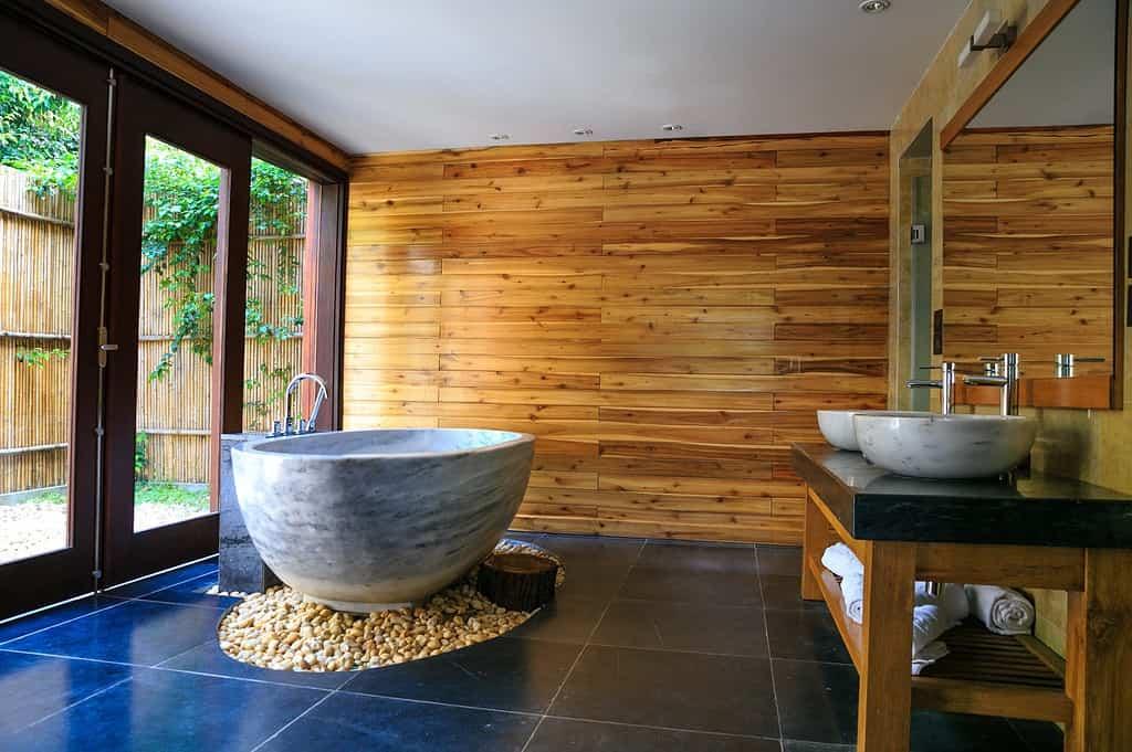 Badezimmer Modern Gestalten Mit Naturmaterialien Und Glas