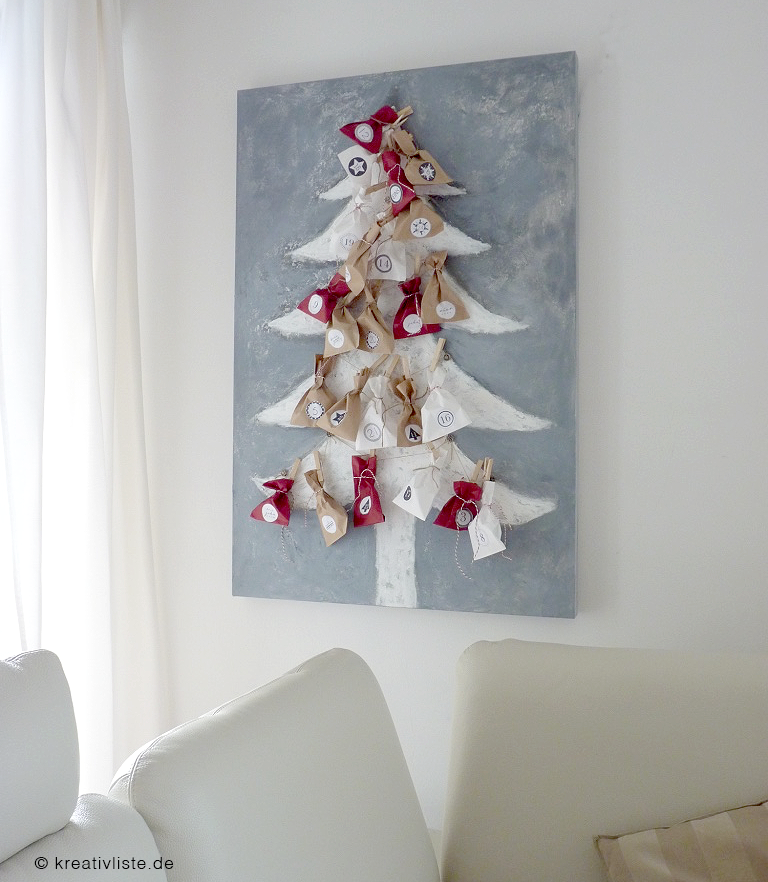 diy adventskalender ein weihnachtsbaum auf leinwand. Black Bedroom Furniture Sets. Home Design Ideas