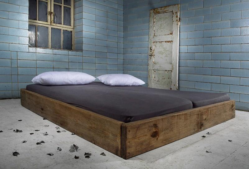 bett aus bauholz kreativliste. Black Bedroom Furniture Sets. Home Design Ideas