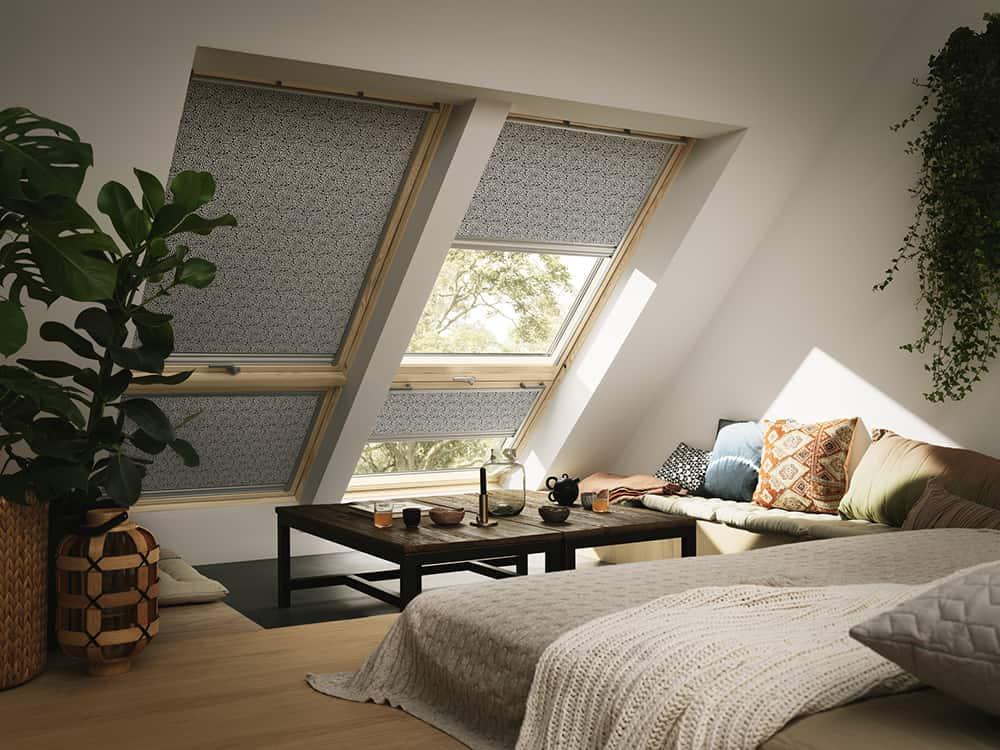raum verdunkeln mit rollos kreativliste. Black Bedroom Furniture Sets. Home Design Ideas
