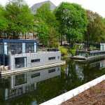 Moderne Hausboote in Hamburg