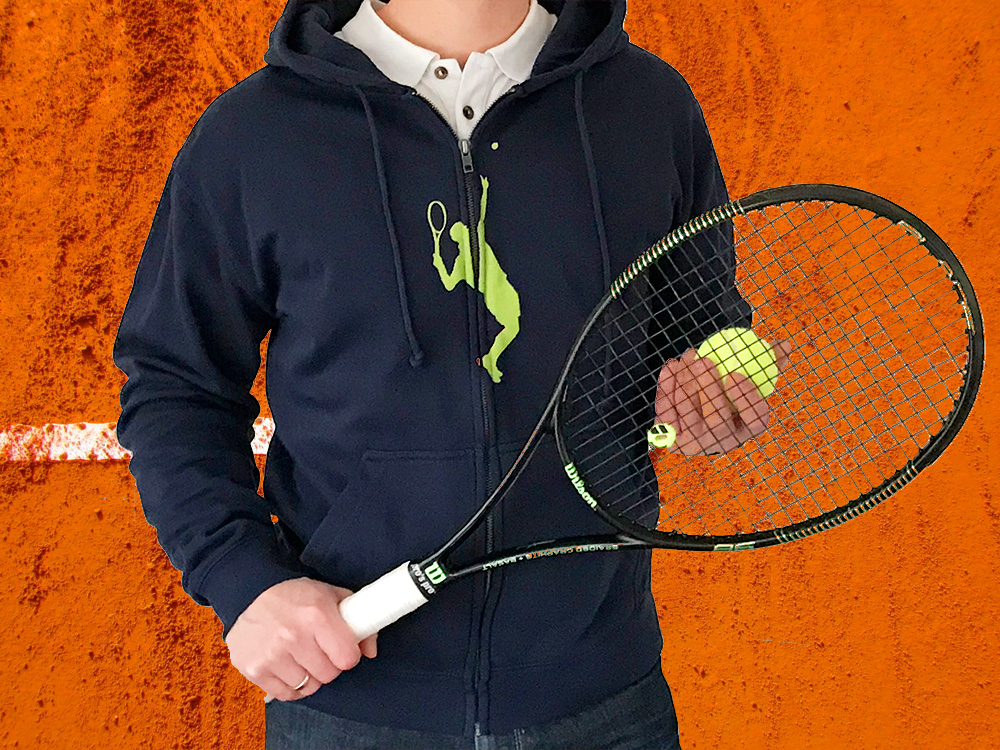Für Tennisspieler: gemütlicher Hoodie mit passendem Motiv