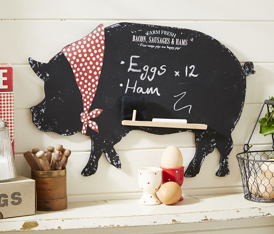 Tafel mit Schweinemotiv