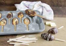 Beim Kuchen am Stiel kann auf die Gabel verzichtet werden