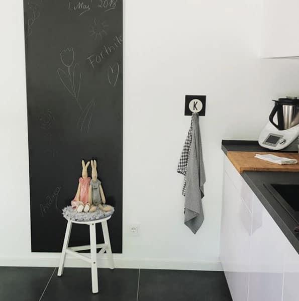 eine tafel in der k che kann flexibel gestaltet werden. Black Bedroom Furniture Sets. Home Design Ideas