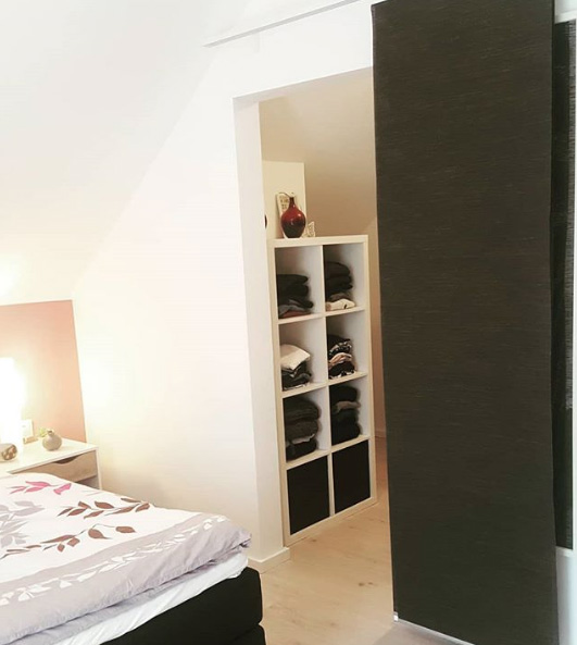 die moderne schiebegardine ist vielf ltig einsetzbar. Black Bedroom Furniture Sets. Home Design Ideas
