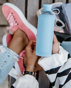 Trendy Glasflasche zum Mitnehmen