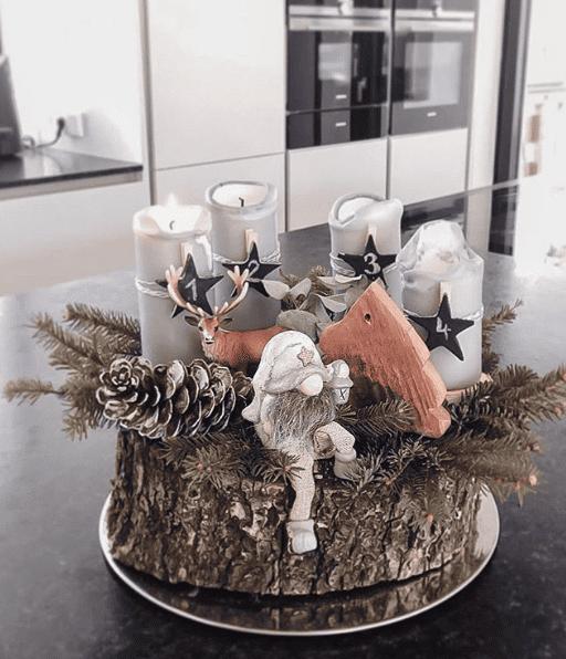 Weihnachtlich dekorieren mit einem Adventskranz