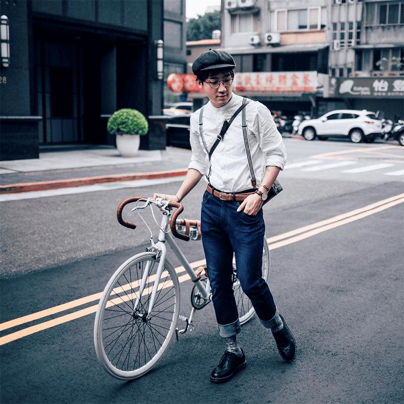 Gekrempelt liegt man mit seinem Jeans-Style 2019 goldrichtig