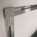 Schienen auf der Bildrückseite machen das Aufhängen ganz einfach