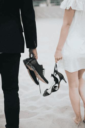 Schlicht oder opulent? Ein Hochzeitskleid darf beides sein